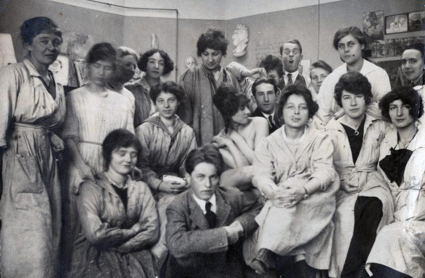 Frau darf… 100 Jahre Künstlerinnen an der Akademie
